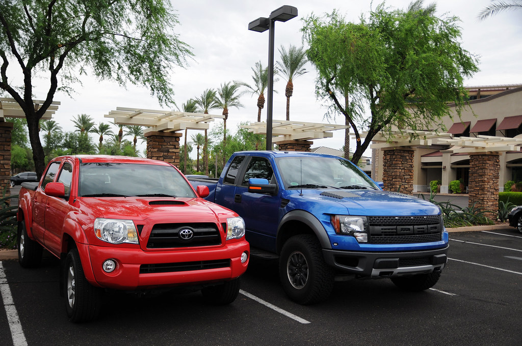 Toyota Tacoma Vs Ford Svt Raptor Quite A Big Difference