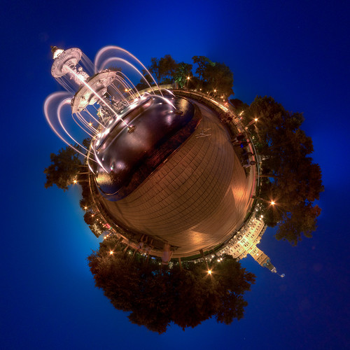 La Fountaine de Tourny - Stereographic Panoramic in Quebec City | by haban hero