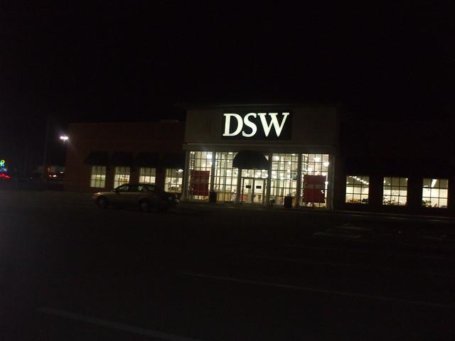Dsw Shoe Store Danbury Ct