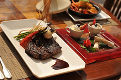 Black-Rock-Steak-Seafood-Sheraton_14-36_Dining_Sean-Hower_71