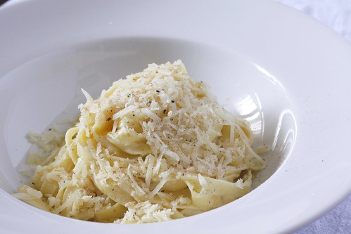 fettuccine alfredo | by Madison Bistro