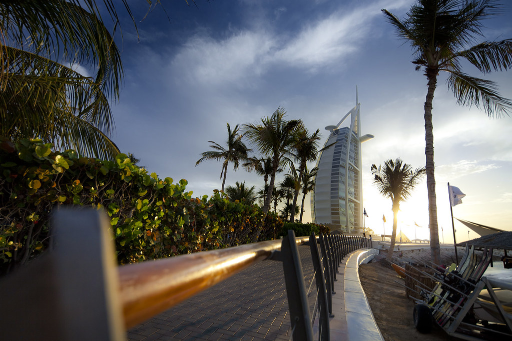 Burj al arab hotel in dubai legendary seven star hotel for 6 star hotel dubai