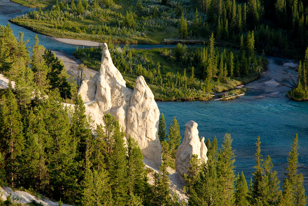 ... Hoodoos   The hoodoos along the side of the Bow Valley…   Flickr