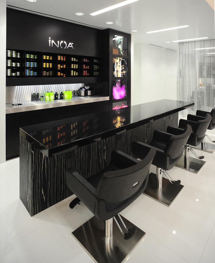 Inoa color bar photo by debora small azur salon flickr for Bar design pour salon