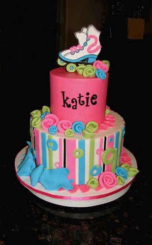 Katie S Roller Skate Cake Made This One For My Friend S