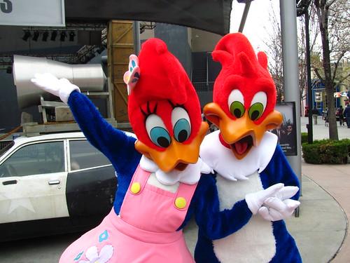 Cartoon Characters Universal Studios : Meeting winnie and woody woodpecker at universal studios