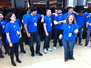 Pep talk from the Apple store team | by Inkygirl