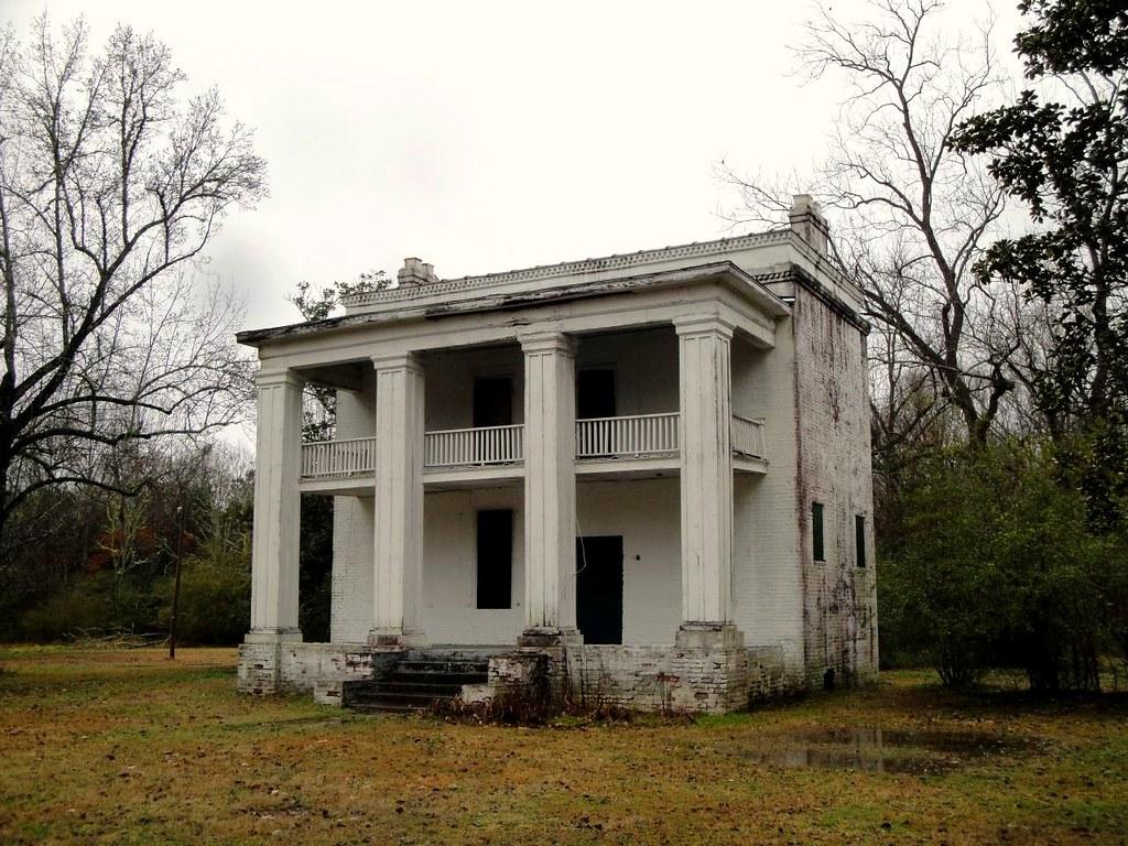 Forgotten farmhouse near selma alabama heinz j for Alabama home builders