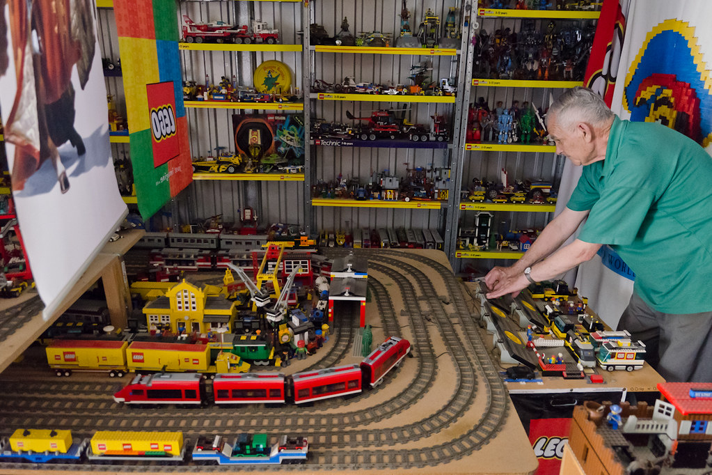 The Lego Man Of Angaston 4 Tom Lucieer Is A Retired