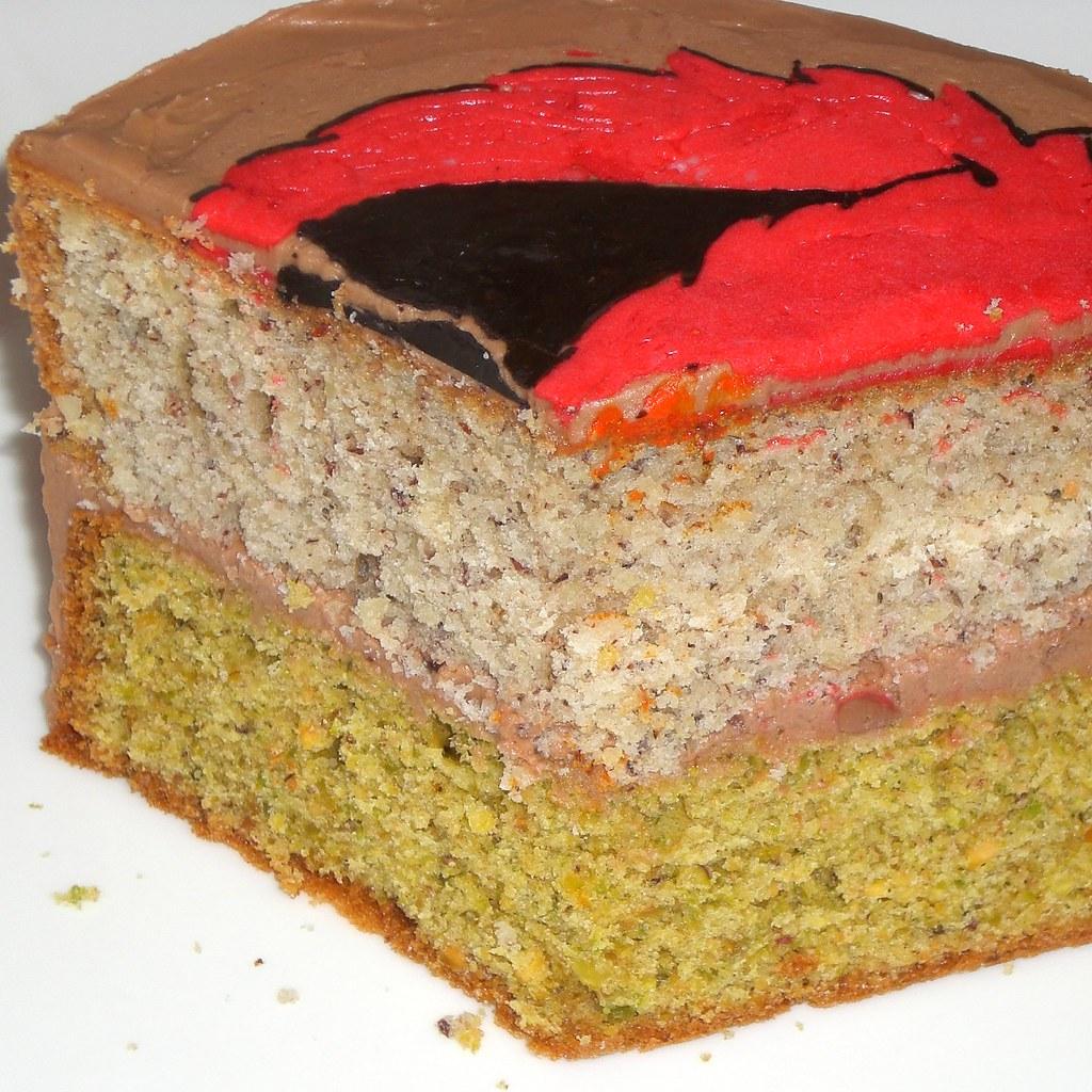 Pistachio Almond Cake With Pomegranate Sauce