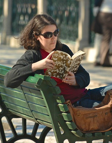 Reading a book in a sunny afternoon | by pedrosimoes7