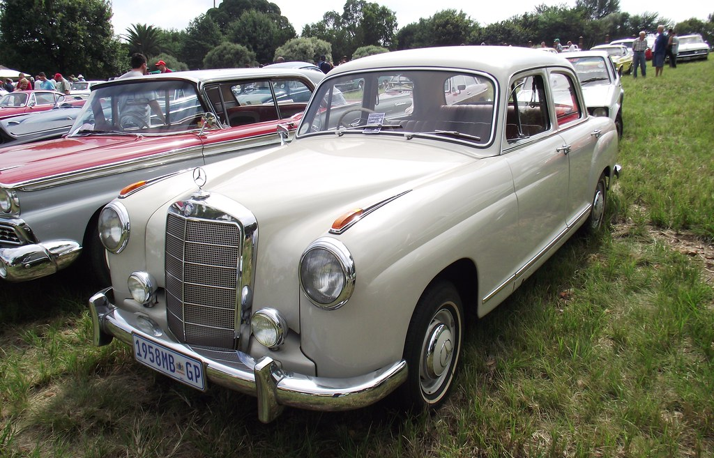 Mercedes benz 1950 39 s 219 ponton paul horn flickr for Mercedes benz horn