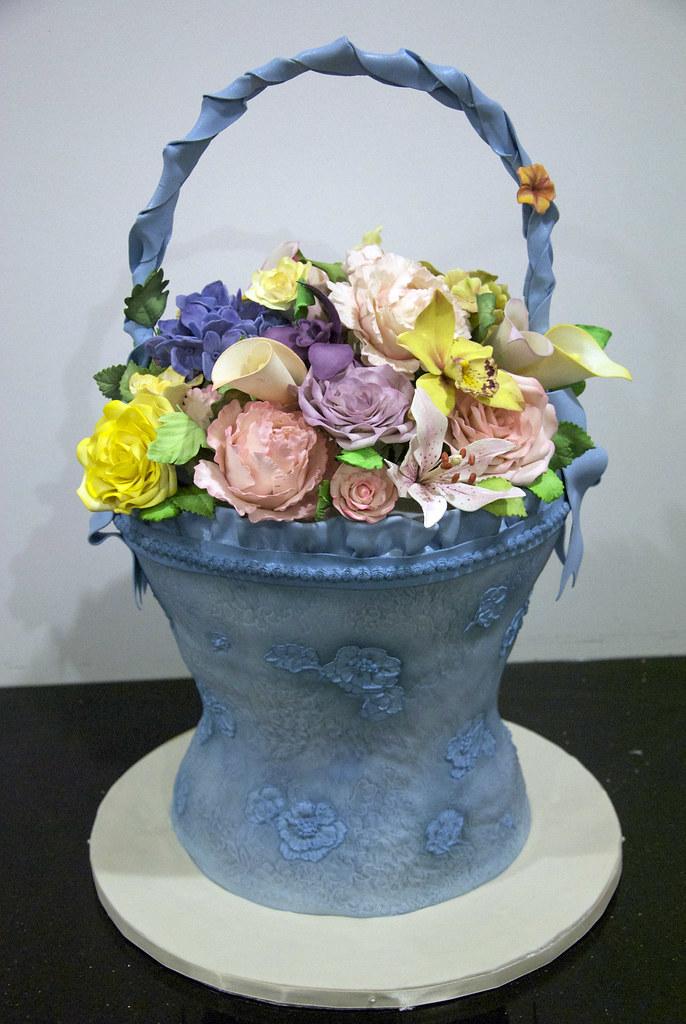 W9072 Spring Flower Basket Cake W9072 A Spring