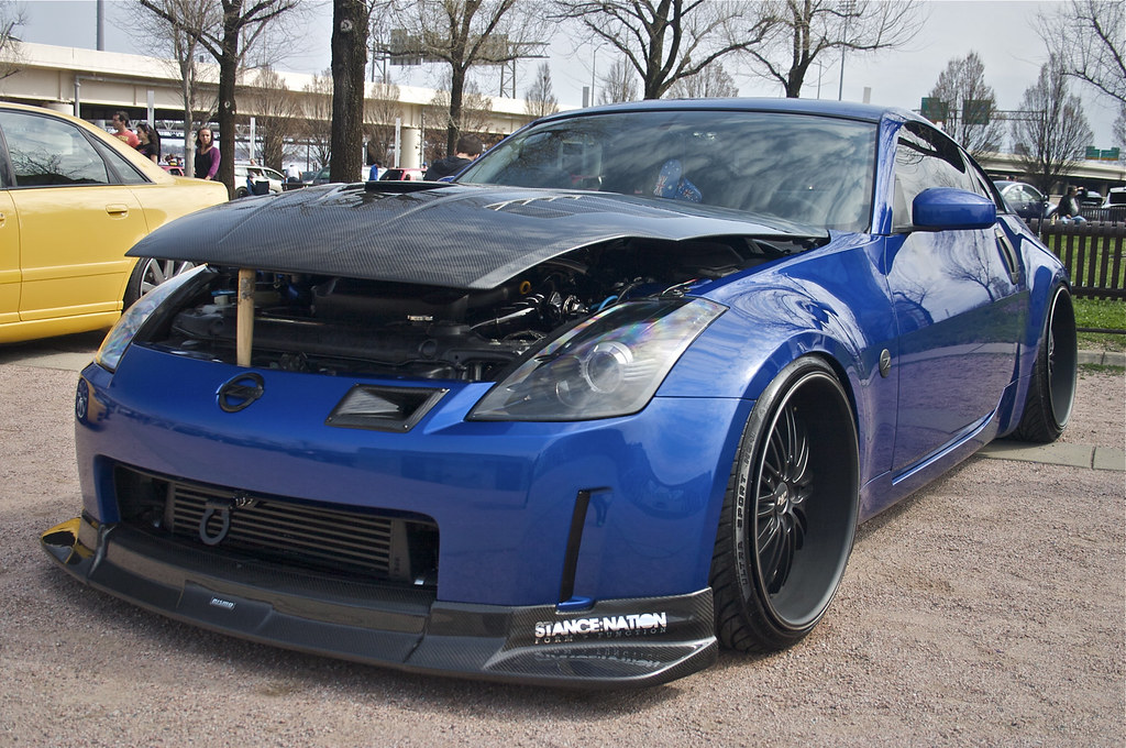 Blue Nissan 350Z | Water By The Bridge 2011 | The Pug ...
