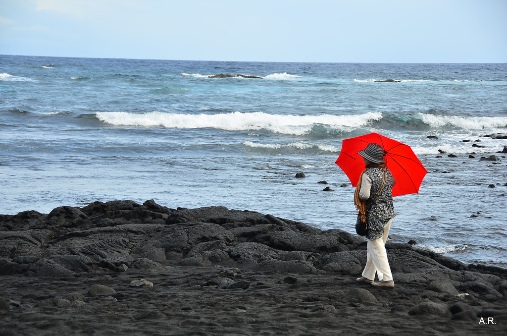 Japanese tourist on Black Sand Beach | Big Island, Hawaii