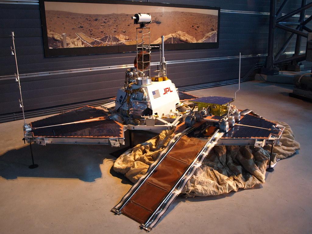 mars curiosity rover scale model - photo #22