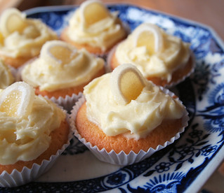 Lemon Curd Fairy Cakes | by French Tart
