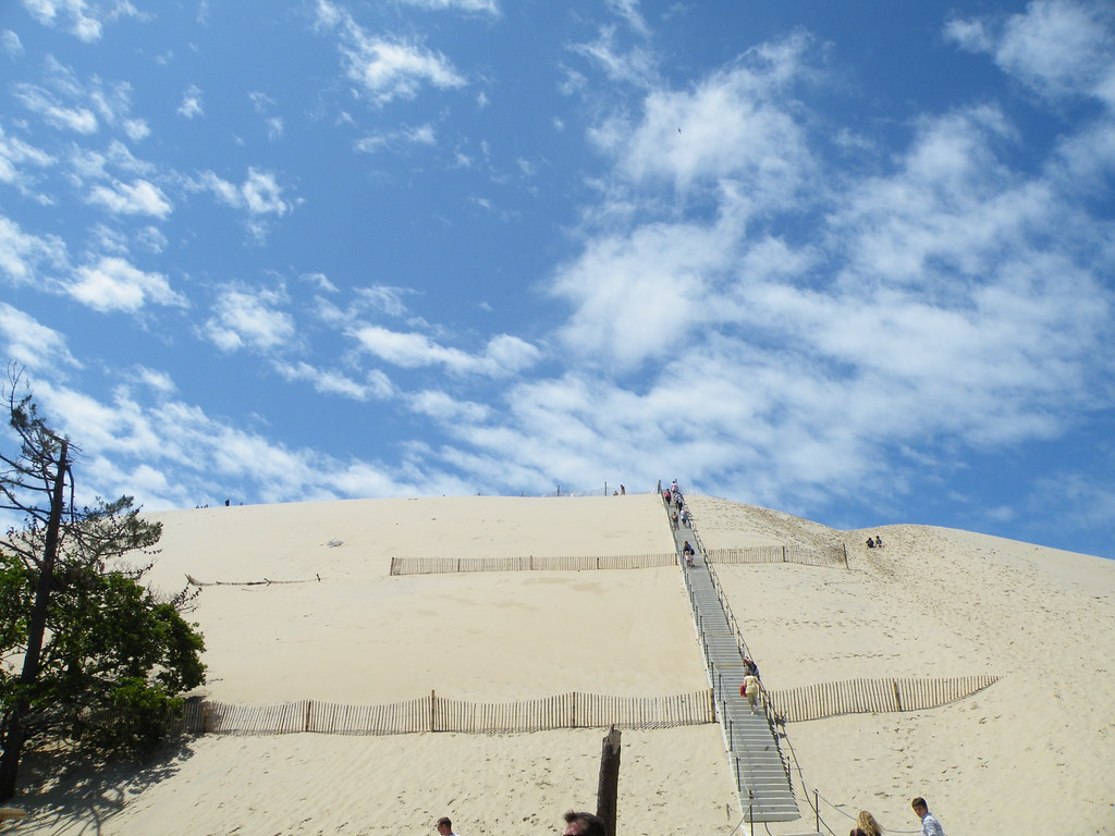 dune du pyla l 39 escalier quasiment monumental pour gravir l flickr. Black Bedroom Furniture Sets. Home Design Ideas