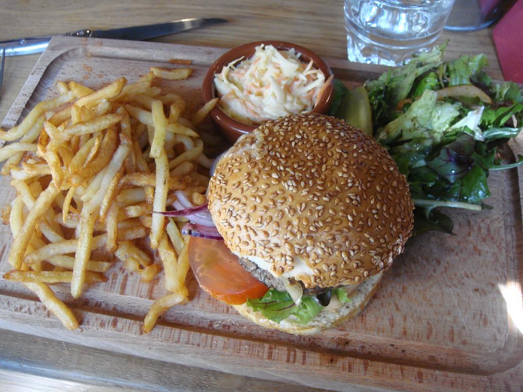 Petit Restaurant Sympa A Toreilles