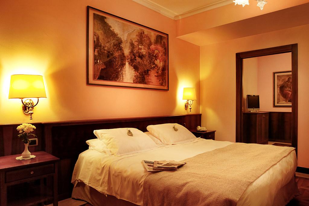 Hotel santa barbara san donato milanese www for Arredamenti ballabio san donato milanese