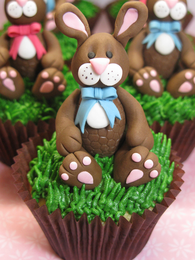 Easter Bunny Cupcake I Made These Cupcakes To Take To My