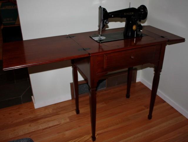 1952 singer sewing machine