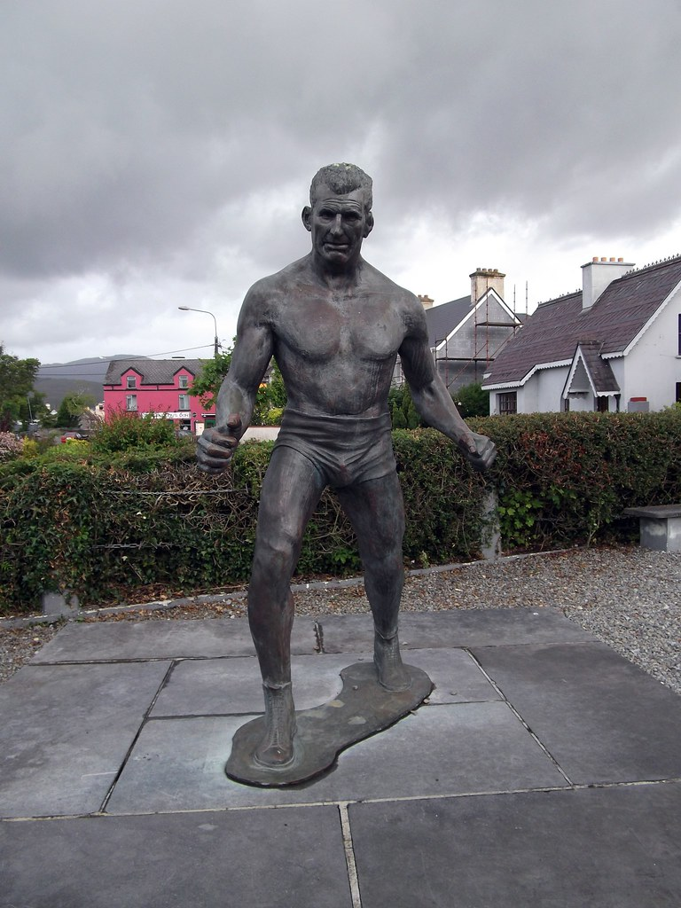 Steve Crusher Casey Statue Sneem Steve Casey Was The