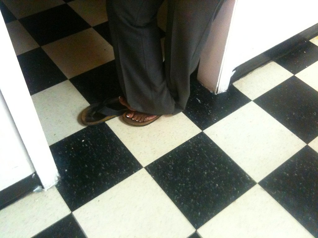 Mature Ebonyhaitian Salon Feettoes  Hello Foot Fans, Its   Flickr-9162