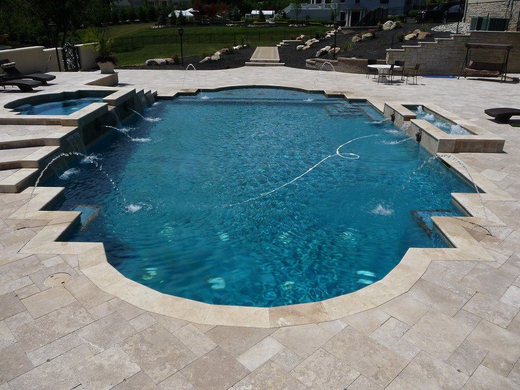 Custom roman style swimming pool and spa custom roman for Roman style pool design