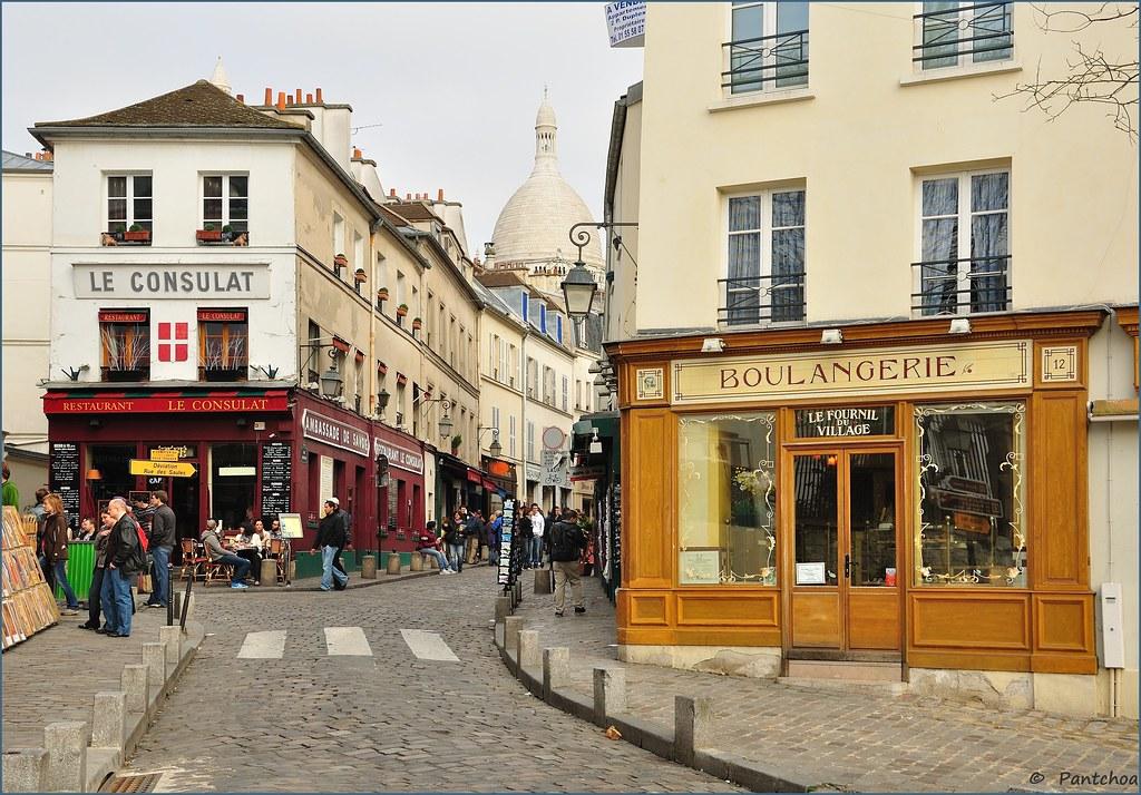 Paris montmartre le consulat et la boulangerie for Le miroir restaurant montmartre