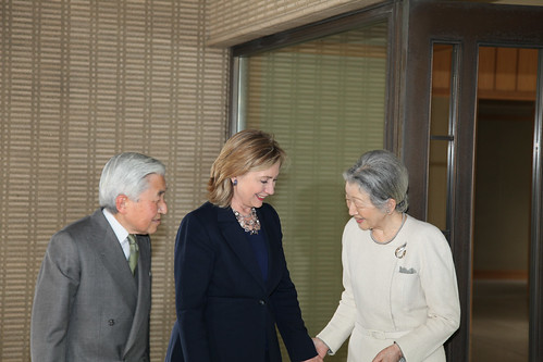 Secretary Clinton Meets Their Majesties