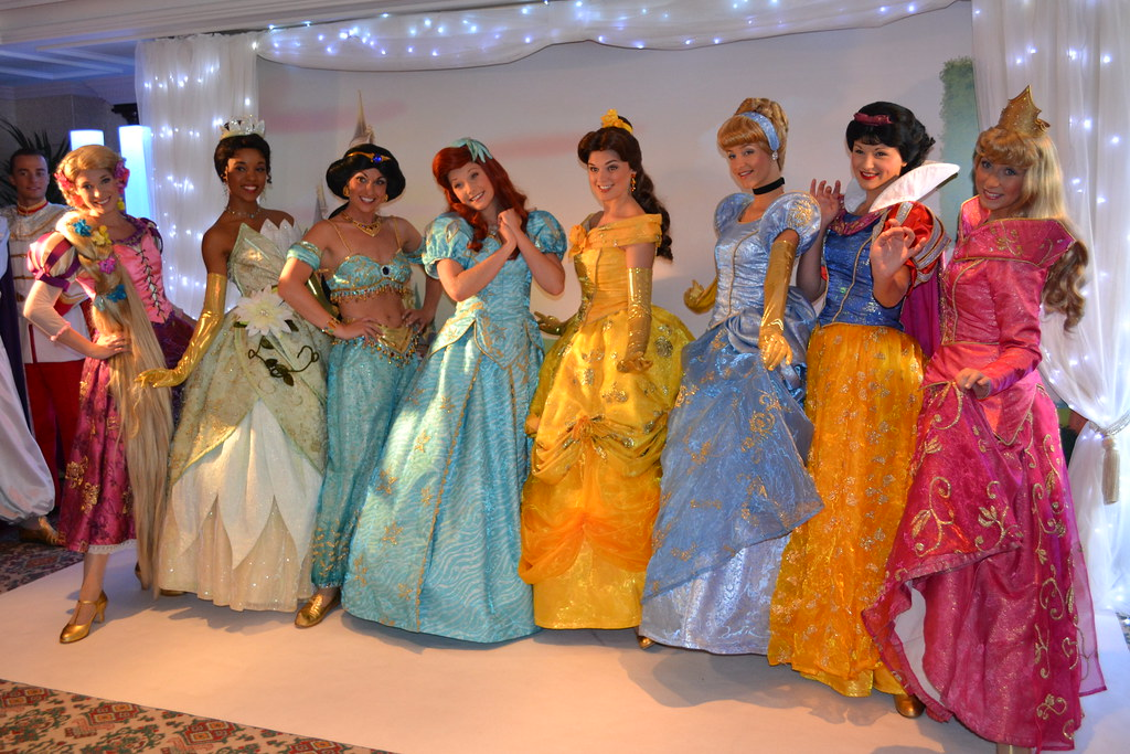 Meeting The Disney Princesses At The Princess And Pirates