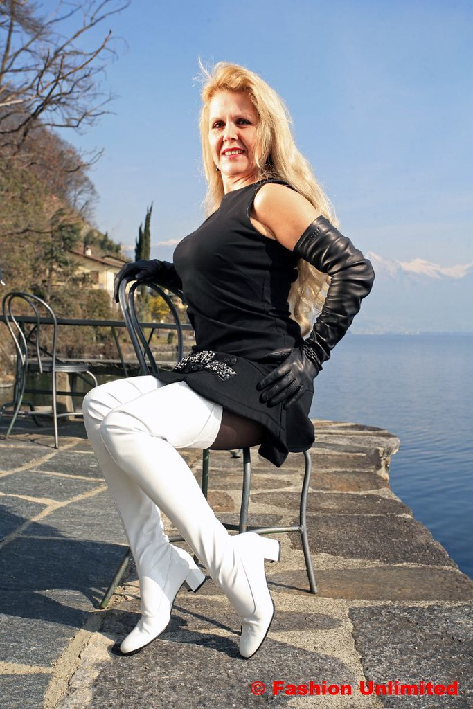 White Patent Thigh Boots 60S Style  Wwwfashion-Unlimited -5288