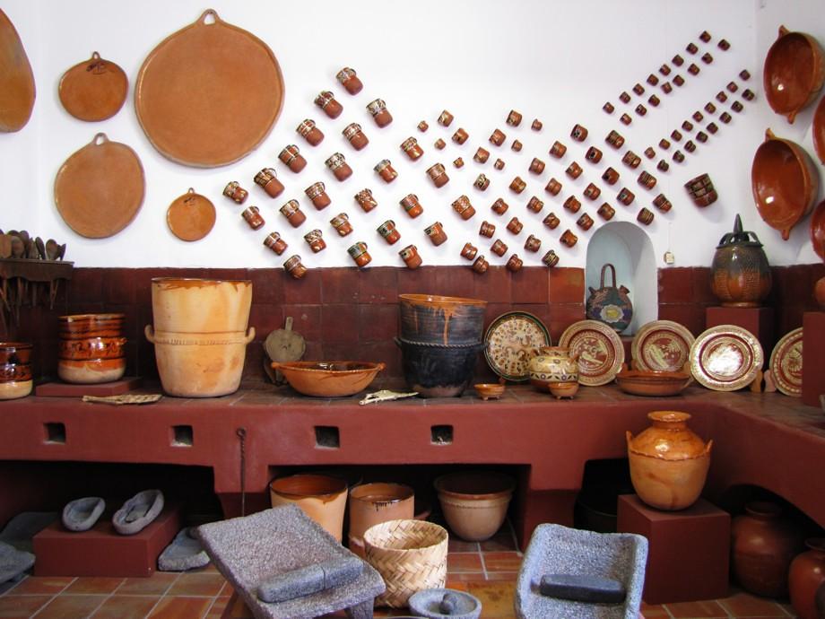 Cocina tradicional mexicana museo de la ceramica en san for Decoracion rustica mexicana