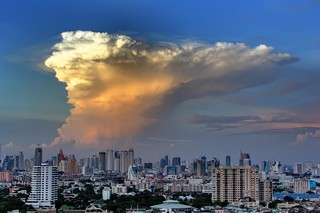 'Apocalypse Now' over Bangkok | by I Prahin | www.southeastasia-images.com