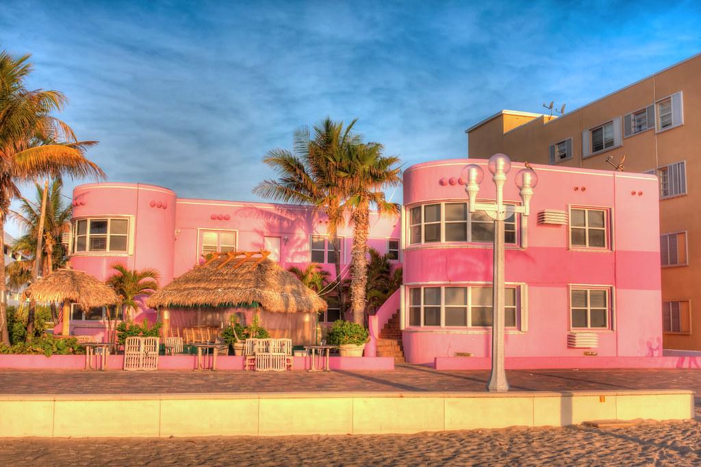 Hollywood Beach Resort Condo Reviews