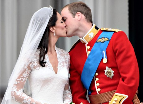 The Royal Kiss Source Www Telegraph Co Uk News Uknews