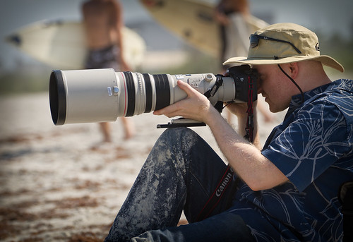 Gordon with a 500mm f4L on Cocoa Beach | by Cameralabs