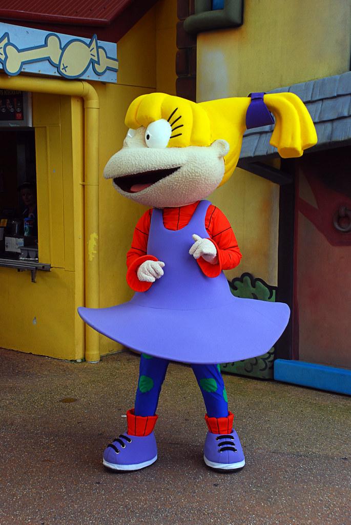 Z  a dancing Angelica   N...