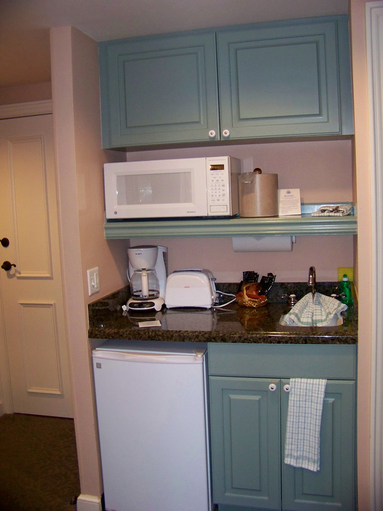 SSR Studio Kitchenette Disneys Saratoga Springs Resort