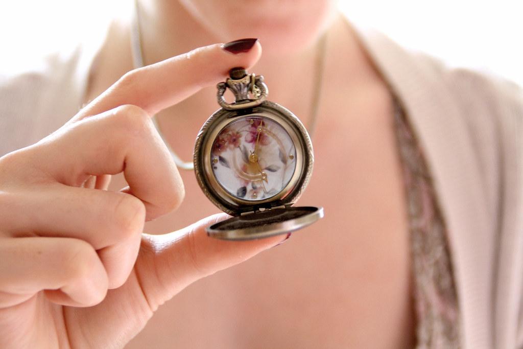 Подарок часы примета мужу