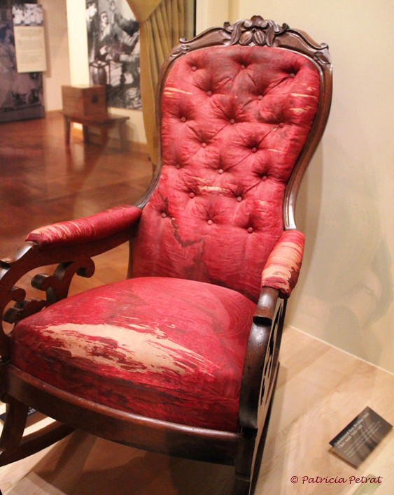Henry Day Ford >> Assassination Chair of President Abraham Lincoln | Saw ...