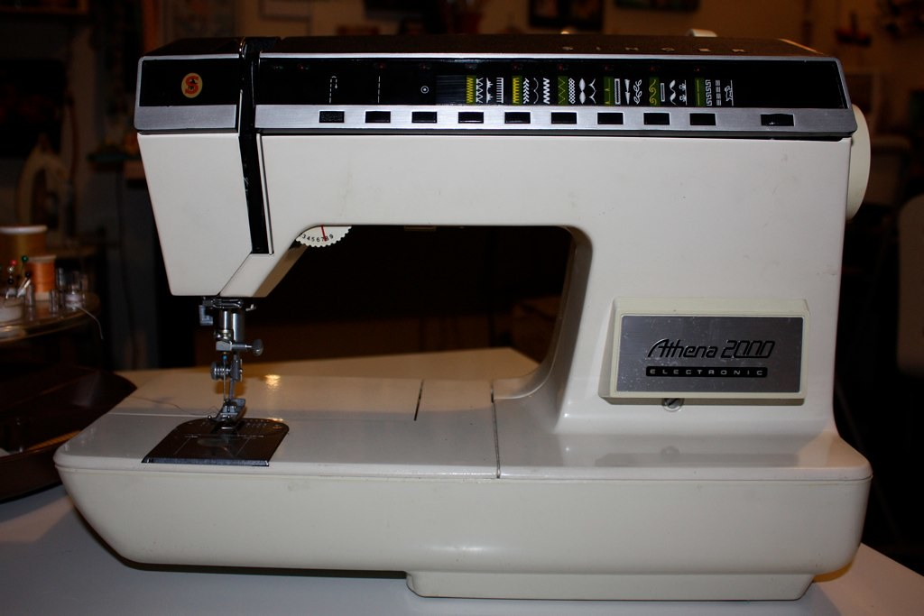 singer athena 2000 sewing machine