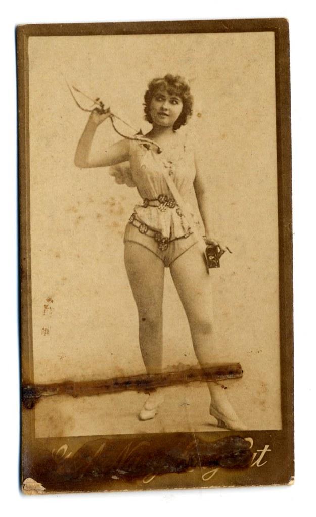 Unnamed Actress Keywords Burlesque Theater Publisher Jpg 625x1024 Contoh Exotic Dancer Job Description