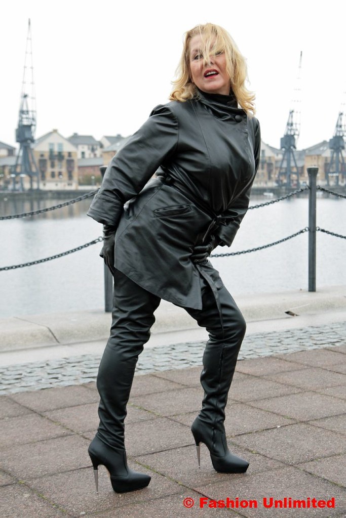 Leather Woman Foto Shootinglondon Docklands Www Fashion