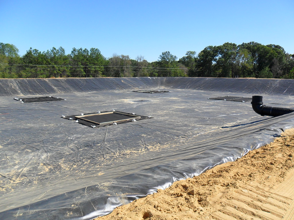 Wastewater Treatment Pond Liner A Finished Liner For A Was Flickr