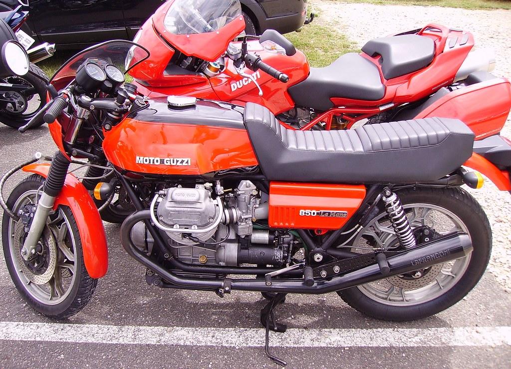 motos italiennes moto guzzi 850 le mans et ducati multis flickr. Black Bedroom Furniture Sets. Home Design Ideas