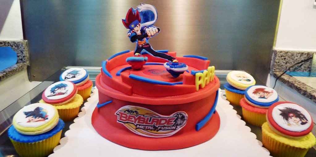 Beyblade Cake And Cupcakes Little Quot Miss Quot Oc S Kitchen