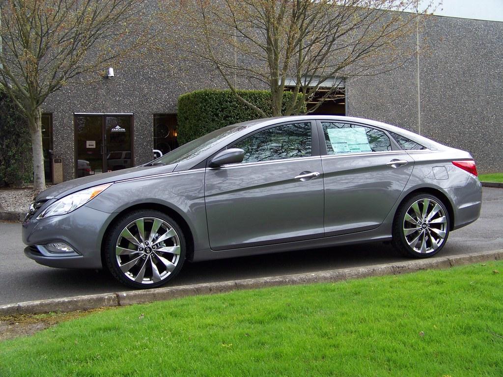 2011 Hyundai Sonata On Hd 20 Quot Titanium Vortex Wheels Flickr