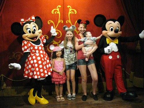 Kids with Minnie and Mickey | by dancingnomad3